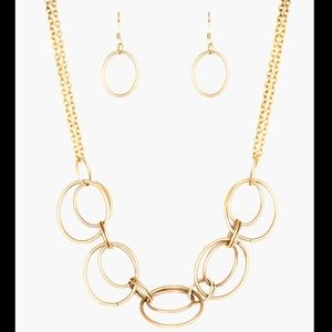 Gold Necklace & Earrings Set